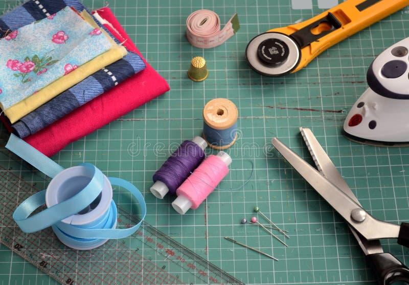 En uppsättning av hjälpmedel för patchwork royaltyfri foto