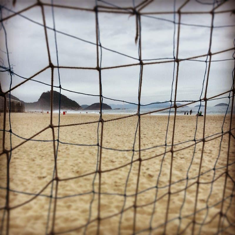 En vinterdag i den Copacaba stranden royaltyfri fotografi