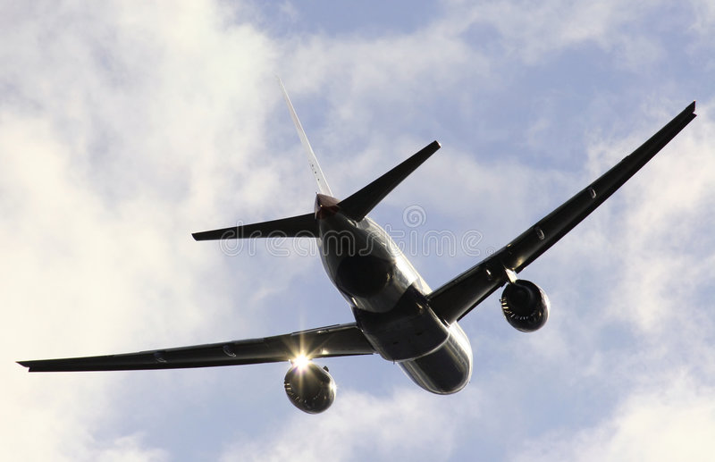 Download En vuelo imagen de archivo. Imagen de detalle, plata, glinting - 182767