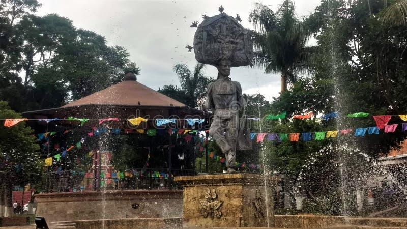 En Zaachila Oaxaca del escultura de Kiosko y fotos de archivo libres de regalías