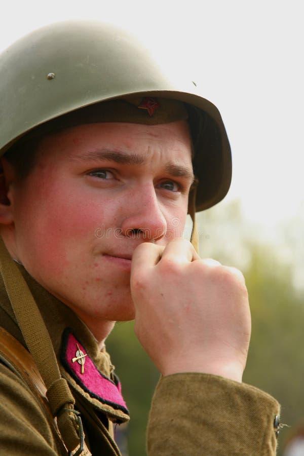 Enactor ri- militare nella seconda guerra mondiale russa dell'uniforme del Soviet Soldato russo fotografia stock