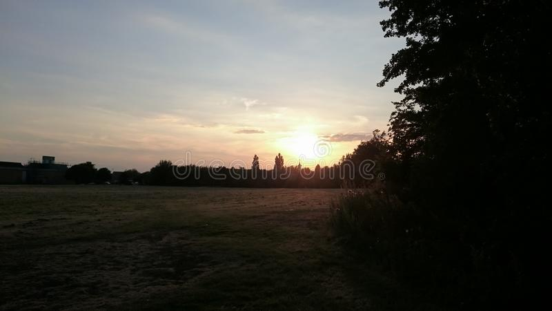 Enbankment del río de Peterborough imágenes de archivo libres de regalías