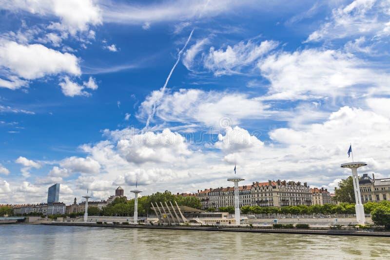 Enbankment del río Rhone en Lyon, Francia foto de archivo libre de regalías