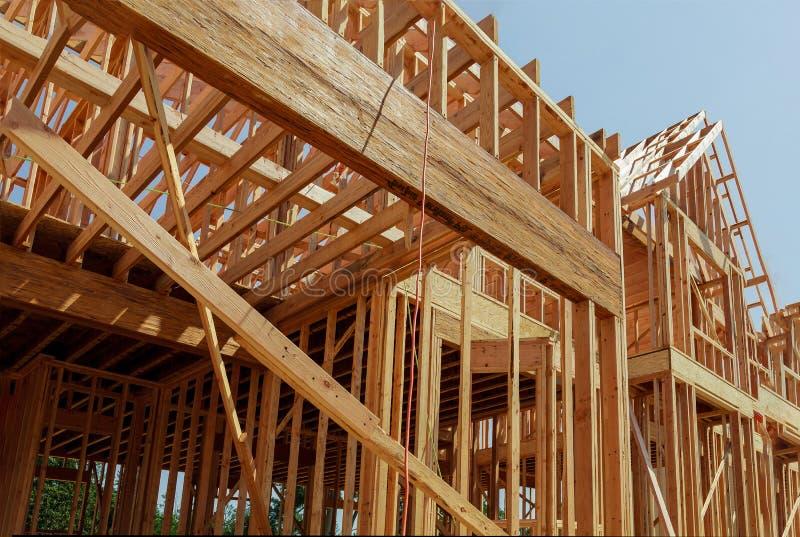 Encadrement intérieur d'une nouvelle maison en construction image libre de droits