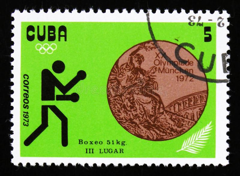 Encaixotando, 51 quilogramas, dos Jogos Olímpicos do verão da série XX, Munich, 1972, cerca de 1973 foto de stock