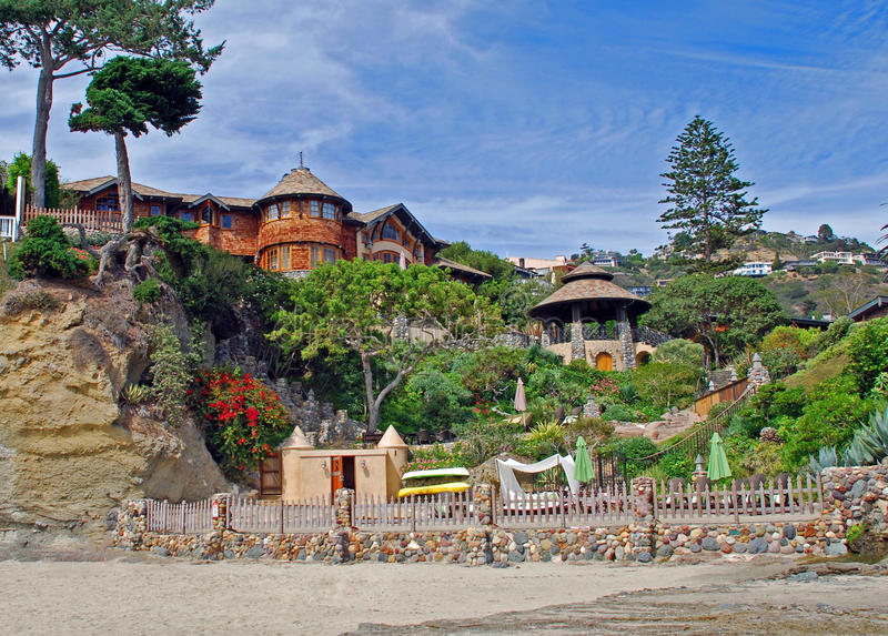 Encalhe em casa em Victoria Beach, Laguna Beach, CA foto de stock