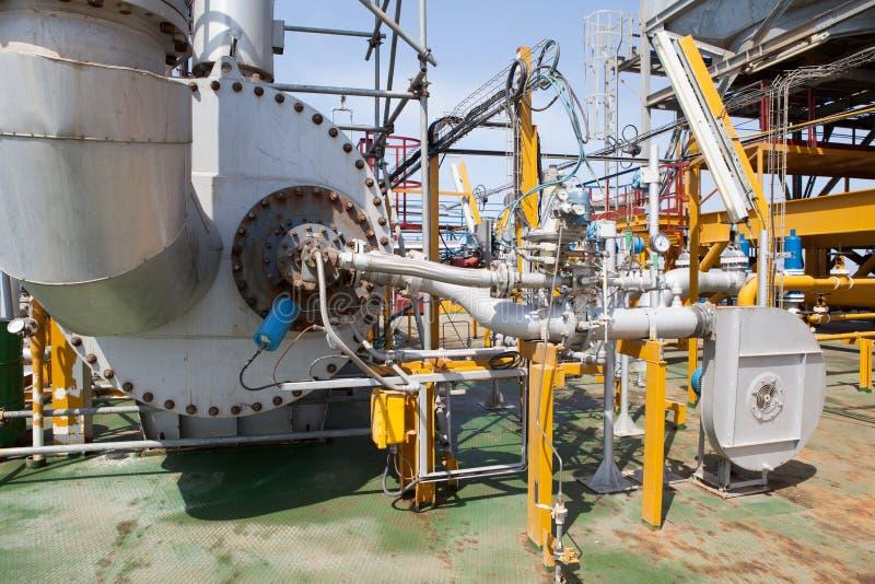 Encanamento da plataforma petrolífera e sistema de transferência da pressão fotografia de stock