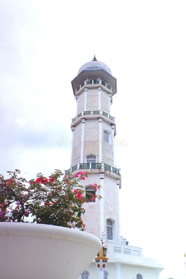 Encantamiento del turismo de Aceh, mezquita magn?fica de Baiturrahman fotos de archivo