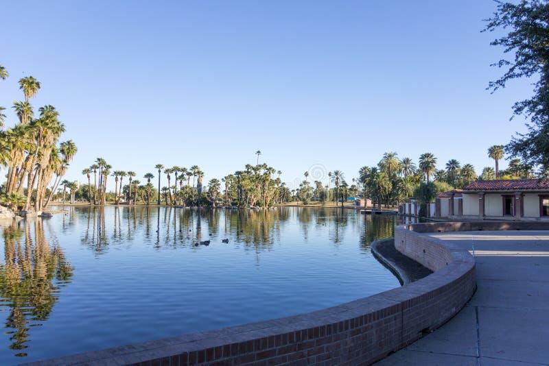 Encanto centret parkerar för sjön, Phoenix, AZ royaltyfri bild