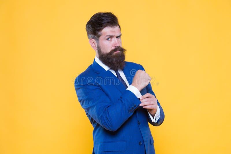 Encargado superior del inconformista hermoso acertado Empresario motivado serio Concepto hermoso del individuo de la barbería y d fotos de archivo libres de regalías