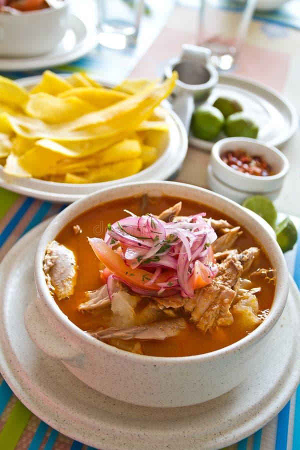 Encebollado, bouillabaisse, prato típico do ecuadorian imagem de stock