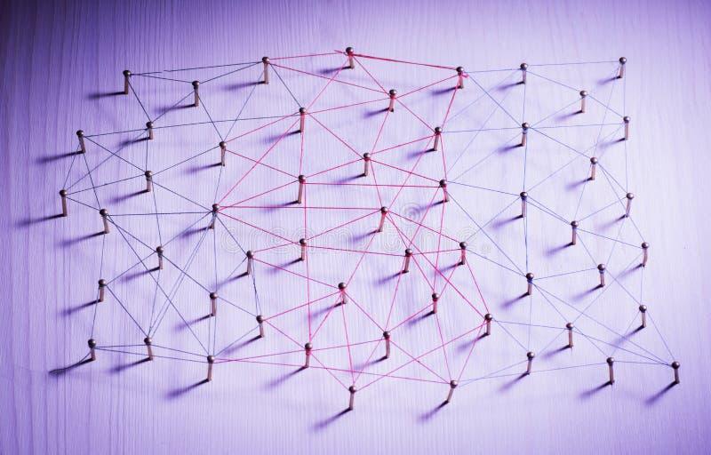 Enchaînement des entités Réseau, mise en réseau, media social, connectivité, abrégé sur communication d'Internet Web de fil mince photo libre de droits