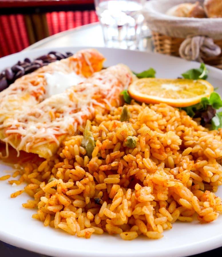 Enchilada z pomidorowymi ryż zdjęcie stock