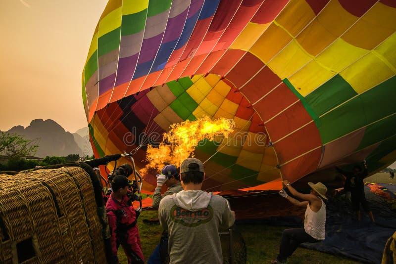 Enchimento acima do balão imagem de stock
