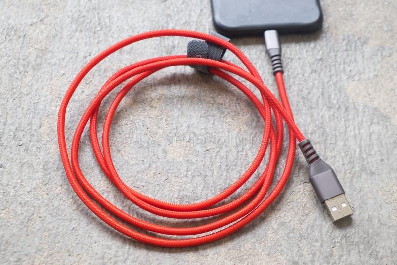 Enchufe de teléfono móvil del cargador imágenes de archivo libres de regalías