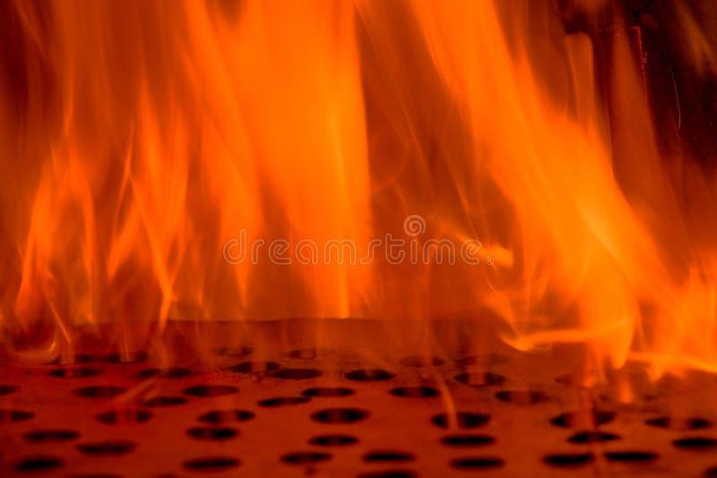 Encienda las llamas con el calabozo, fondo de la textura de la llama del fuego del resplandor fotos de archivo libres de regalías