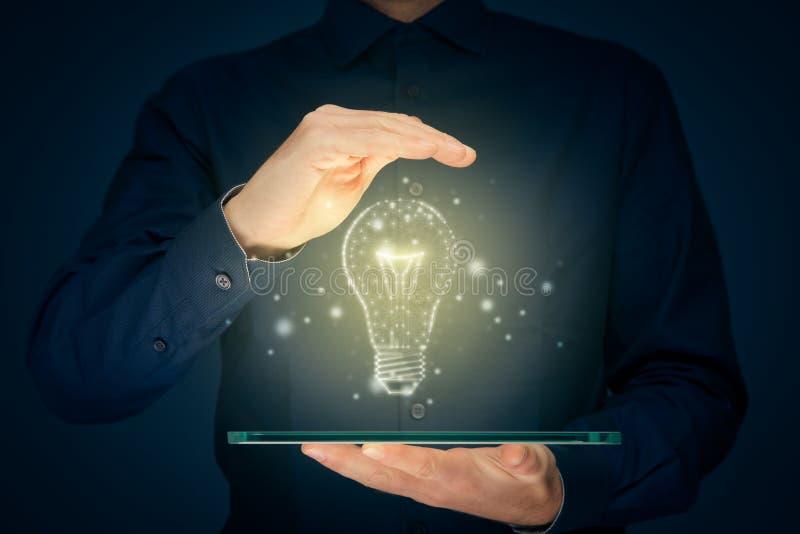 Enciende los conceptos de creatividad, idea e inteligencia imágenes de archivo libres de regalías
