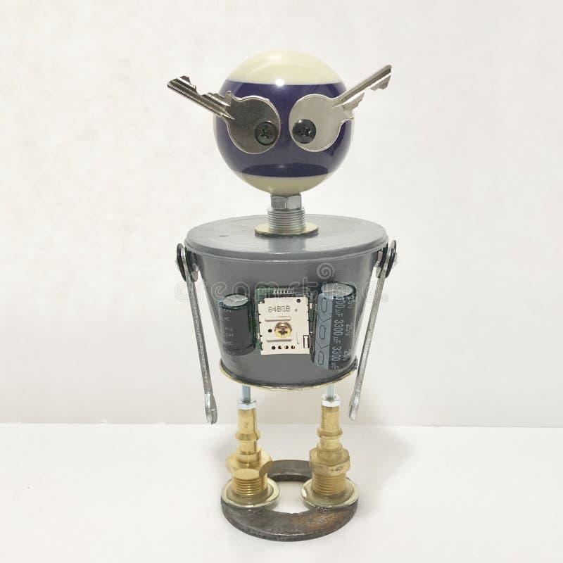 Encontrado se opone la escultura del robot fotografía de archivo libre de regalías