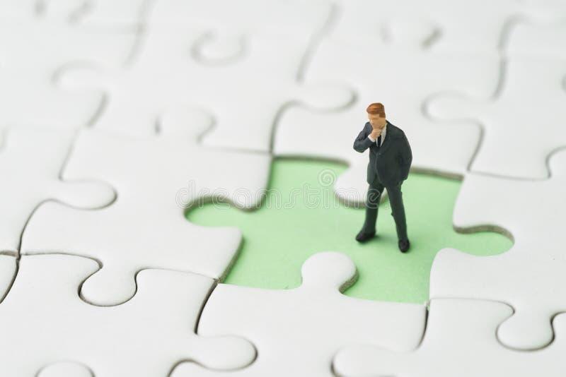 Encontrando a solução para que o problema de negócio seja conceito do sucesso, minuto imagens de stock royalty free