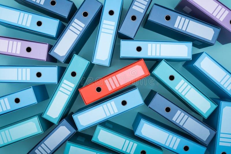Encontrar una carpeta en un archivo sucio foto de archivo