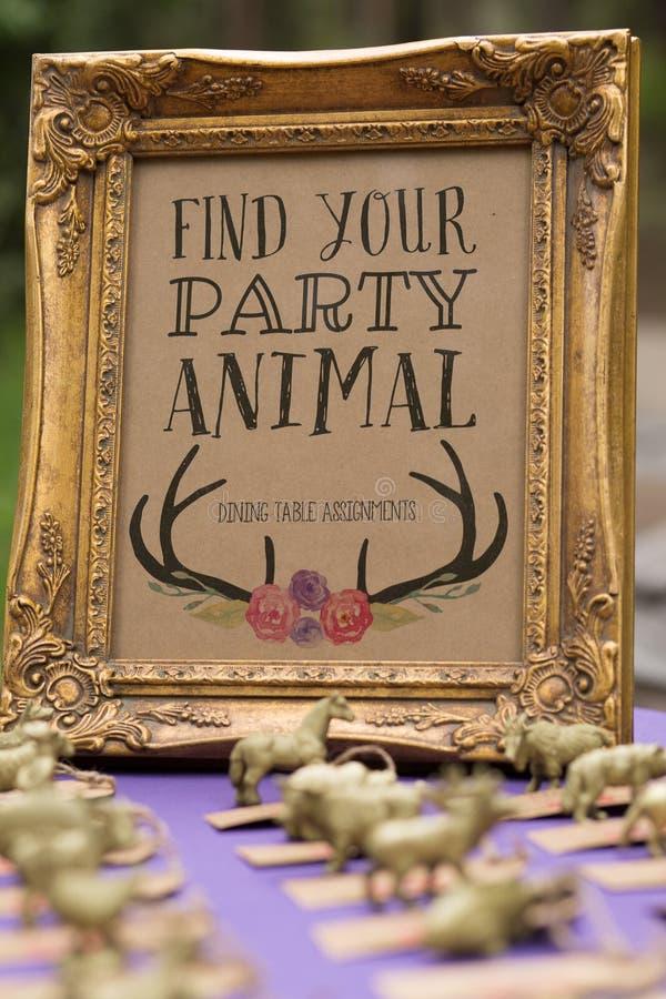 Encontre seu sinal do animal de partido fotos de stock royalty free