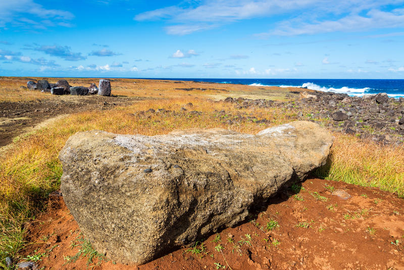 Encontro de Moai de face para baixo fotos de stock