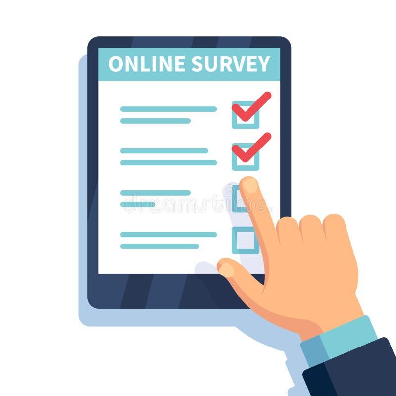 Encuesta en línea Internet que examina, manos que sostienen la tableta con la forma de la prueba Cuestionario móvil, clientes que ilustración del vector