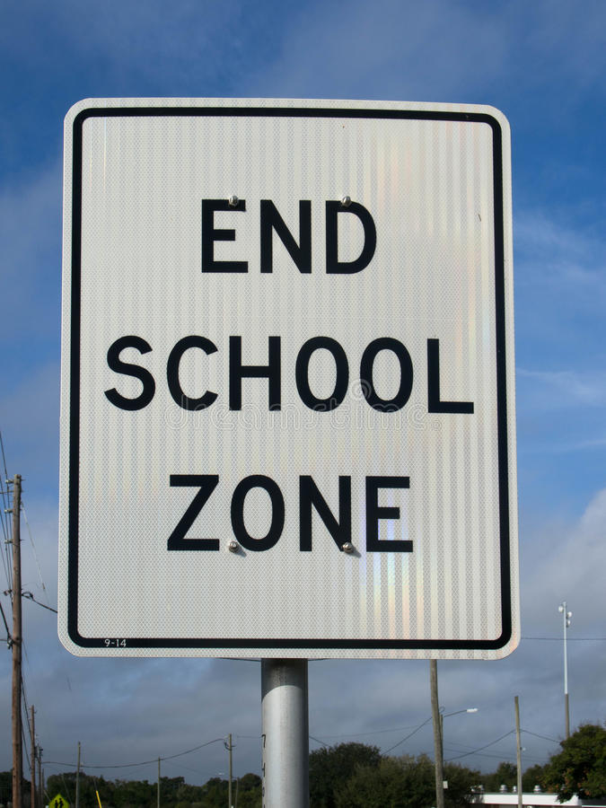 Citaten School Zone : End school zone sign stock image of lake