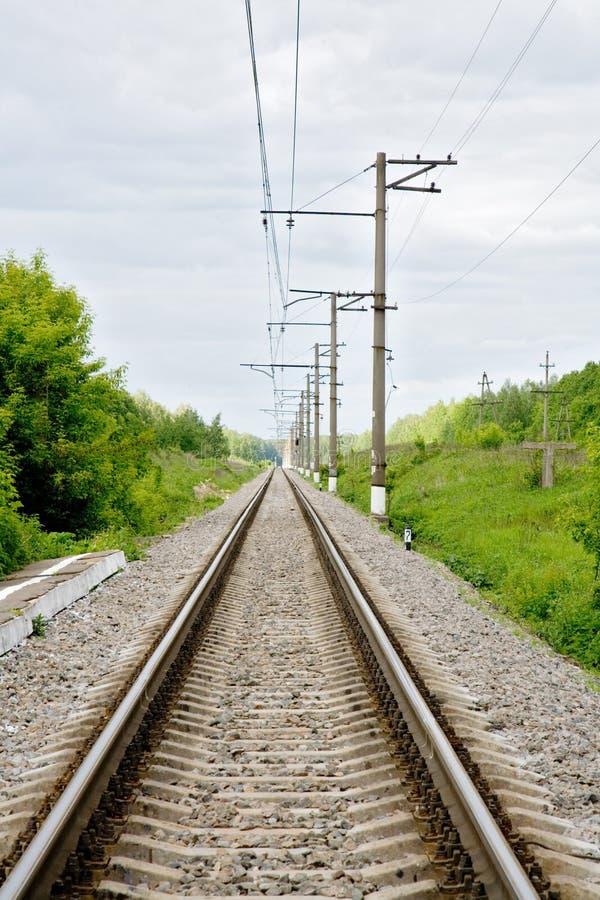 Endlose Eisenbahnlinie stockfotos