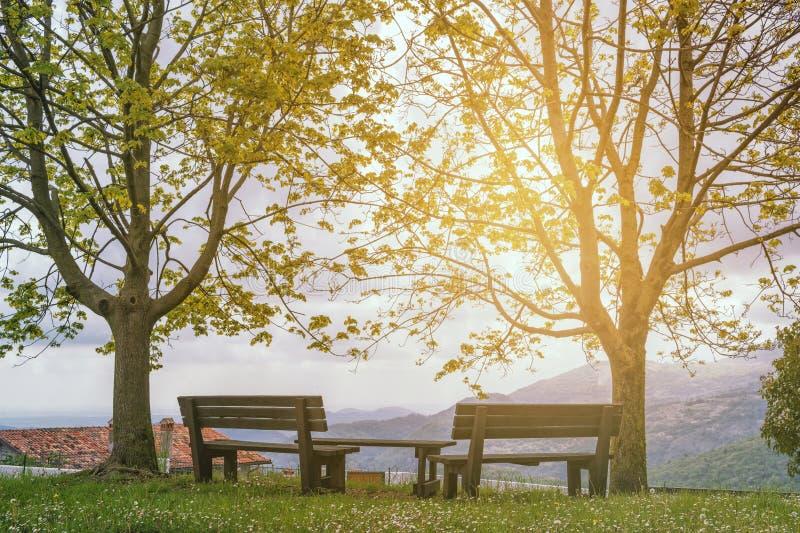 Endroit de repos dans les montagnes image libre de droits