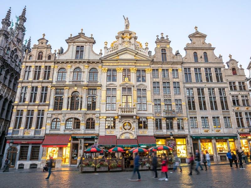 Endroit grand à Bruxelles au crépuscule image libre de droits