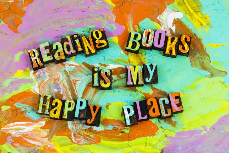 Endroit heureux de livres de lecture photos stock