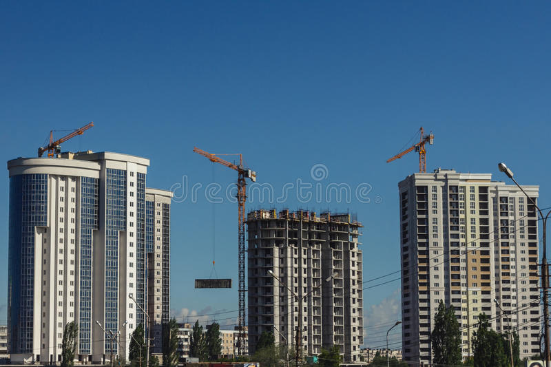 Endroit intérieur pour beaucoup d'édifices hauts en construction photographie stock