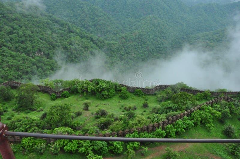 Endroit vert Kumbhalgarh p photographie stock libre de droits