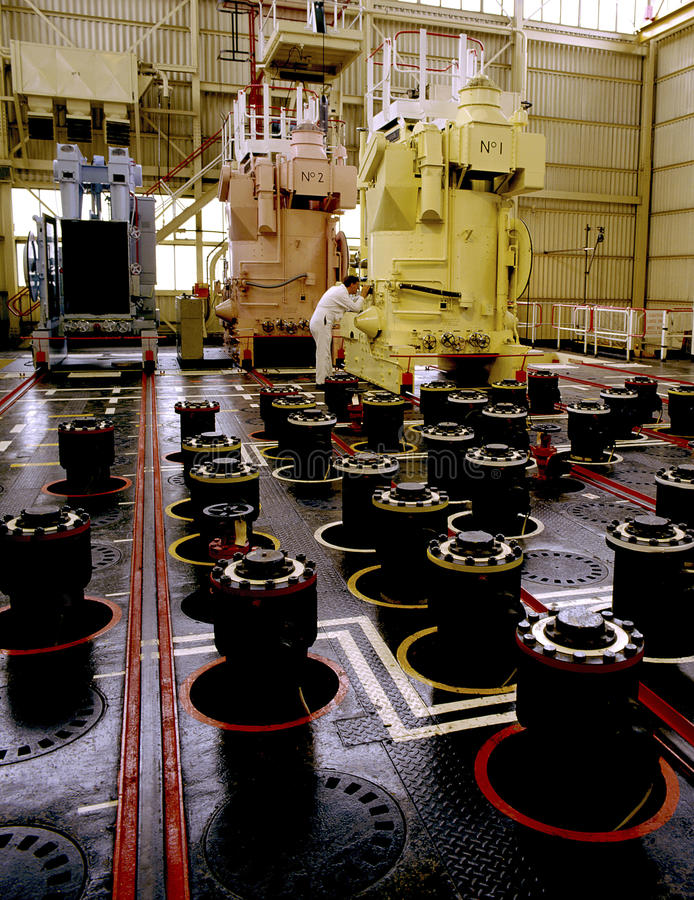 Energía atómica - casquillo de pila sobre un reactor nuclear fotografía de archivo
