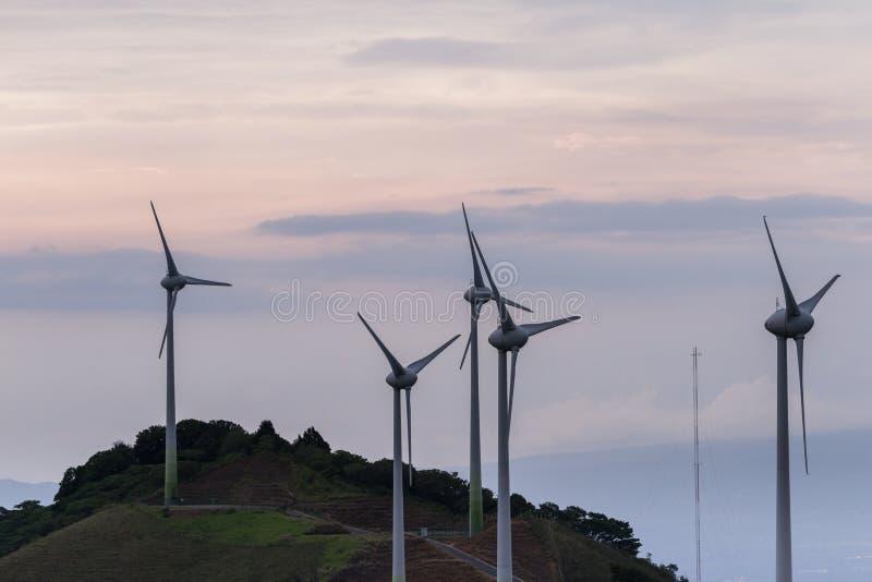 Energía eólica en Costa Rica imagenes de archivo