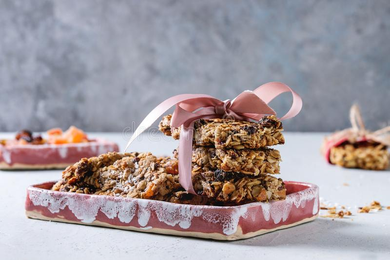 Energetyczni granola bary obraz royalty free