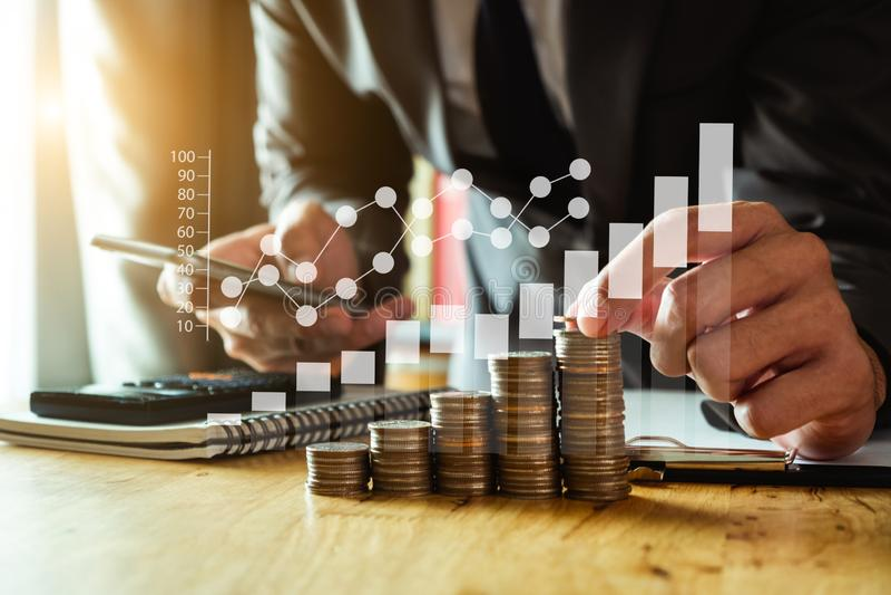 energia de salvamento da ideia e conceito explicando da finança fotografia de stock