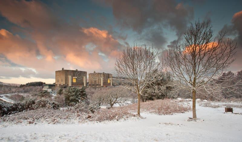 Energia nucleare nell'inverno immagini stock