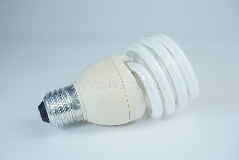 Energie - de besparingsbol denkt milieuvriendelijk royalty-vrije stock foto's