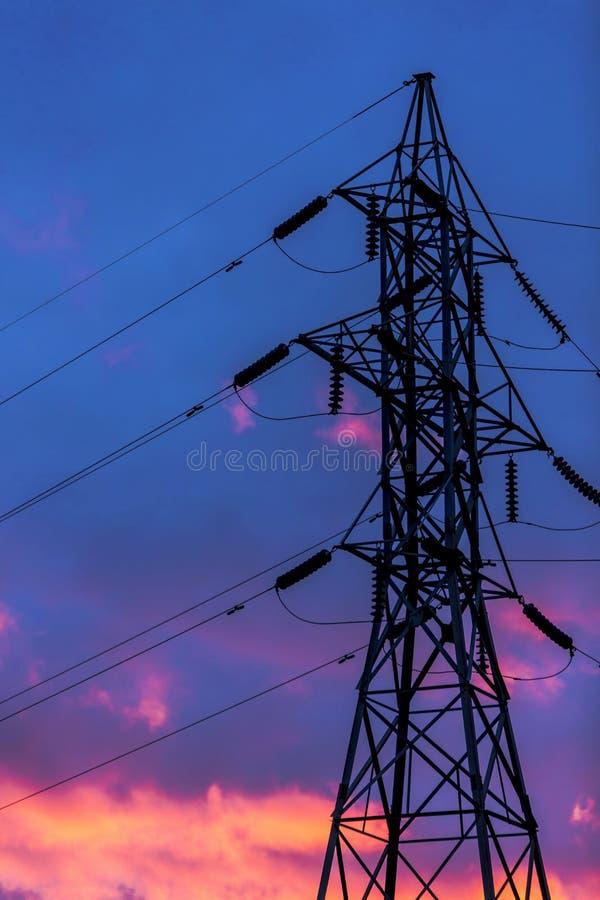 Energie-Freileitungsmast stockfotos