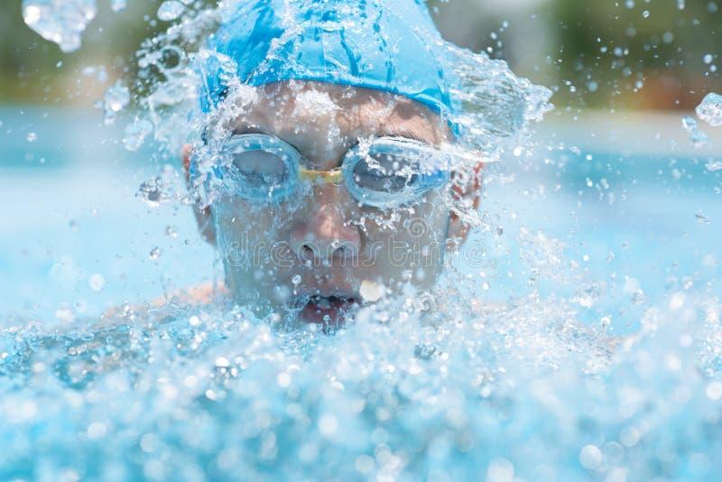 Energie Het Zwemmen Royalty-vrije Stock Afbeeldingen