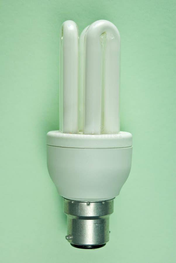 Download Energie-Sparer auf Grün stockfoto. Bild von grün, lampe - 12203036