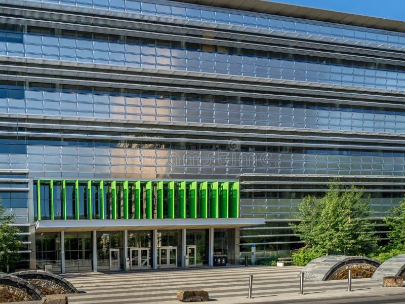 Energie, Umwelt und erfahrungsmäßiges Ausbildungszentrum lizenzfreie stockbilder