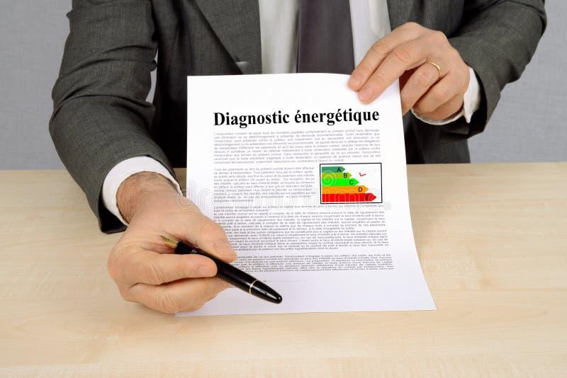 Energiediagnose geschrieben auf franz?sisch lizenzfreies stockfoto