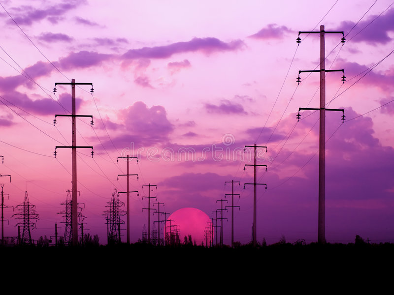 Energiekontrolltürme. lizenzfreie stockbilder