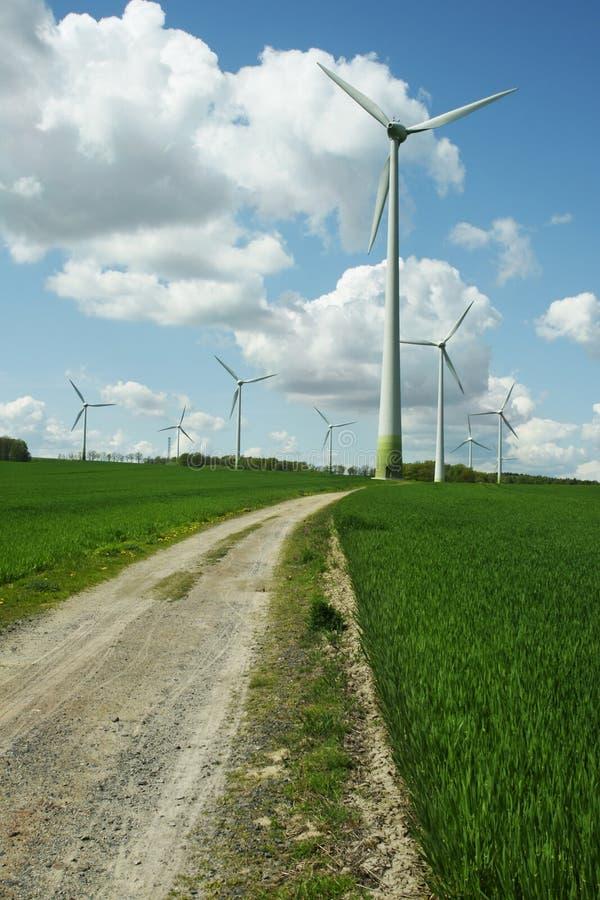 energii alternatywnej turbiny wiatr zdjęcia royalty free