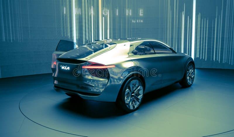 Eneva Motorowy przedstawienie 2019 Kia Wyobraża sobie sporta samochód obraz royalty free
