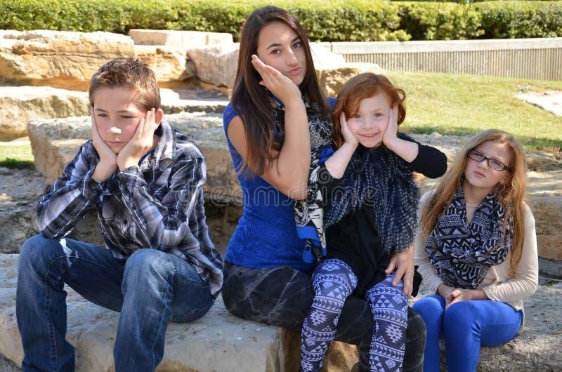 Enfaldig familj royaltyfria bilder