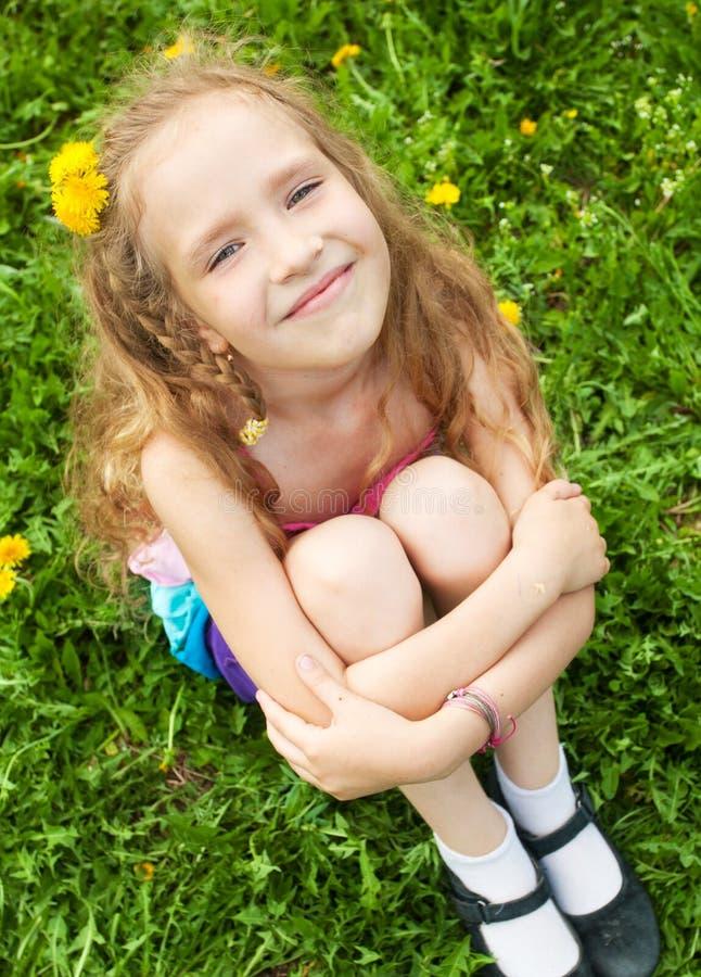 Enfant à l'été images libres de droits